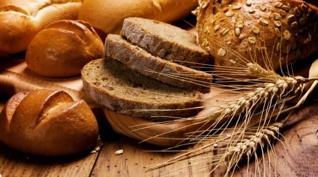 Τελικά ποιο είναι το πιο υγιεινό, το άσπρο ή το μαύρο ψωμί;