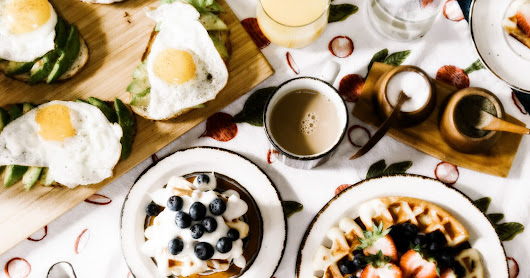 How to Have the Best Brunch Wedding, And Why + 15 Gourmet Quiche Recipes