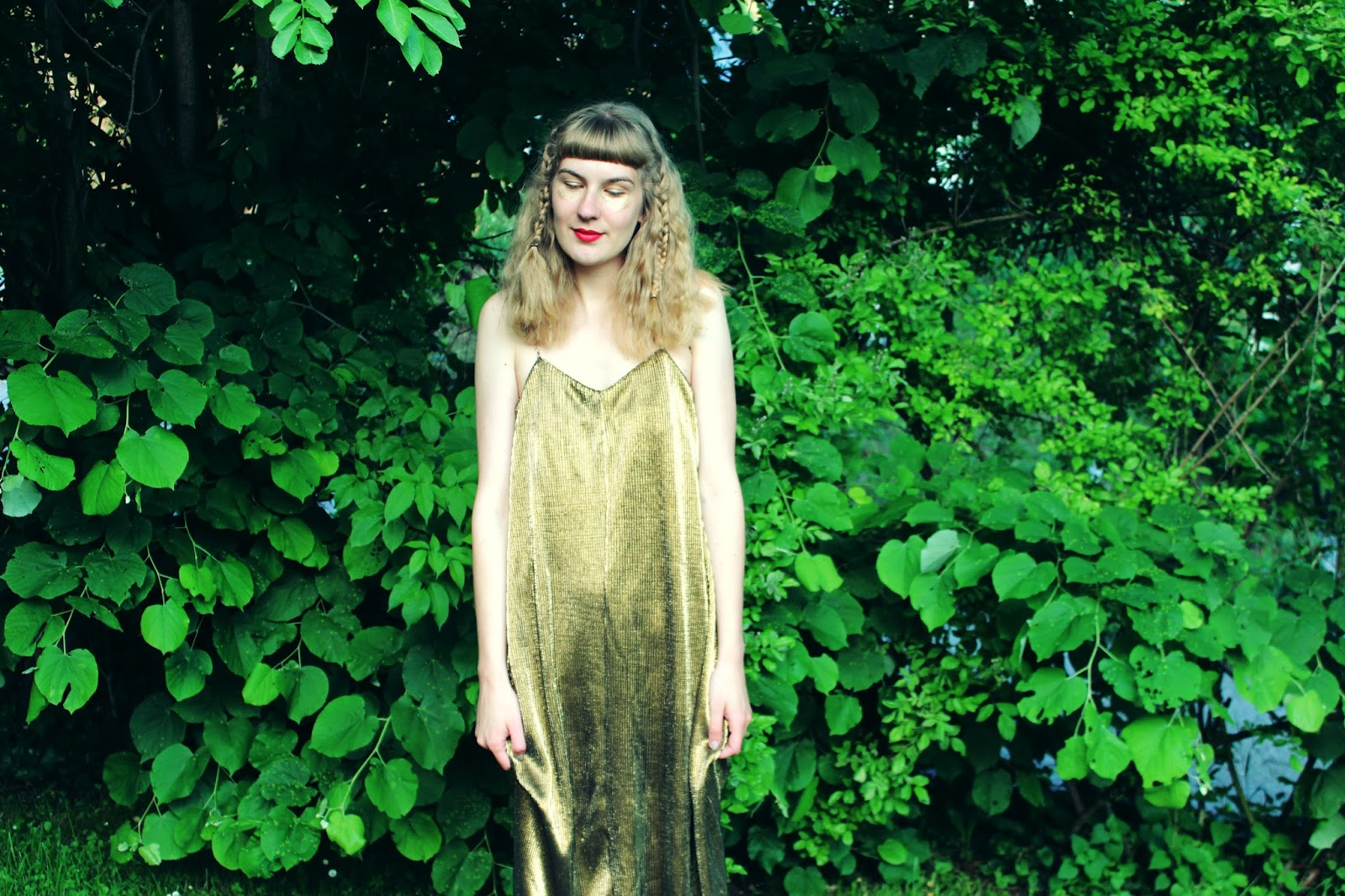 filipa canic, youarethepoet, you are the poet blog, filipa canic blog, golden dress, glitter dress, zaful,
