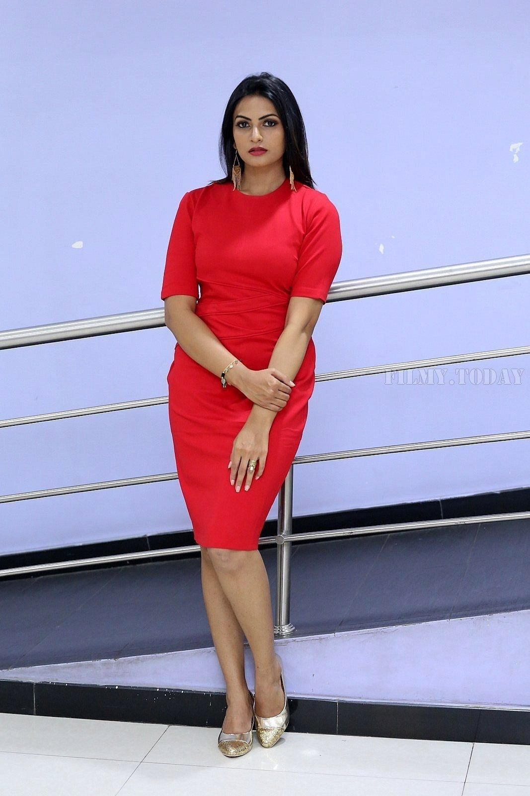 Swetha Varma Photos In Red Mini Dress ❤ ❤ ❤