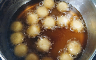 Cooking dough balls for Kala Jamun Recipe
