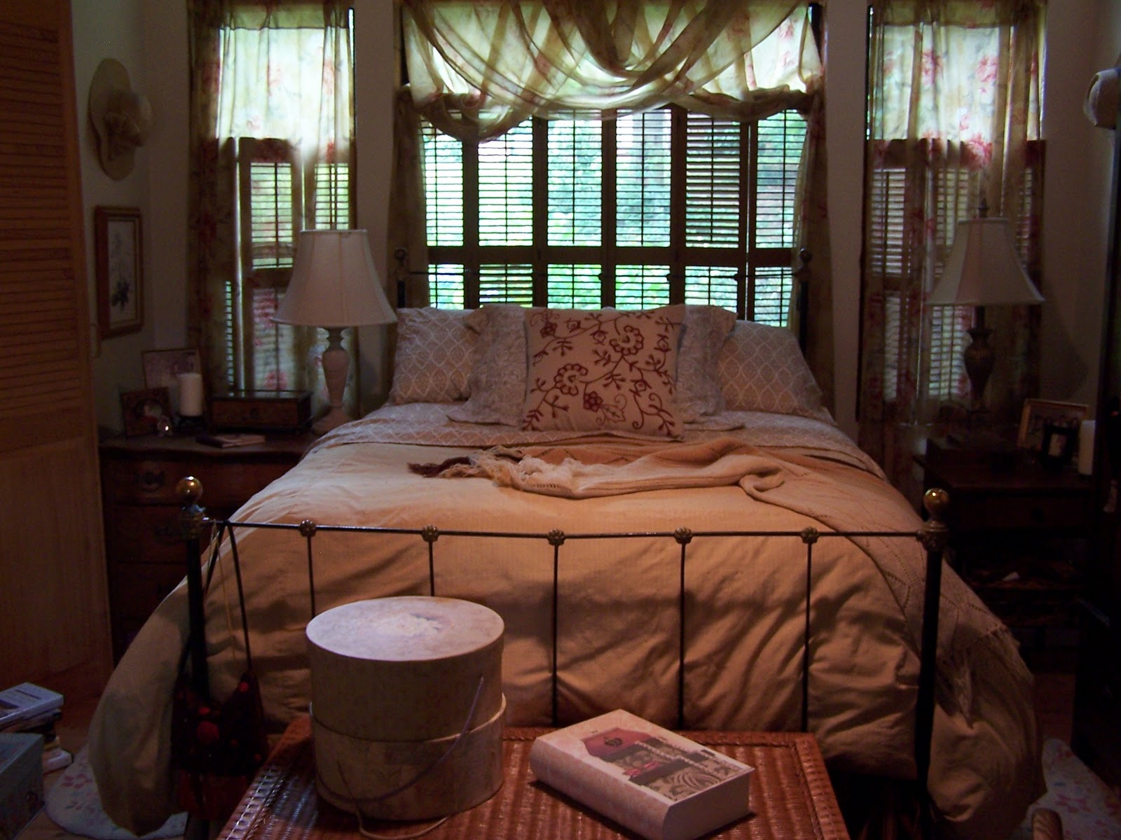 Beatrice Euphemie Bedroom Decorating For Fall