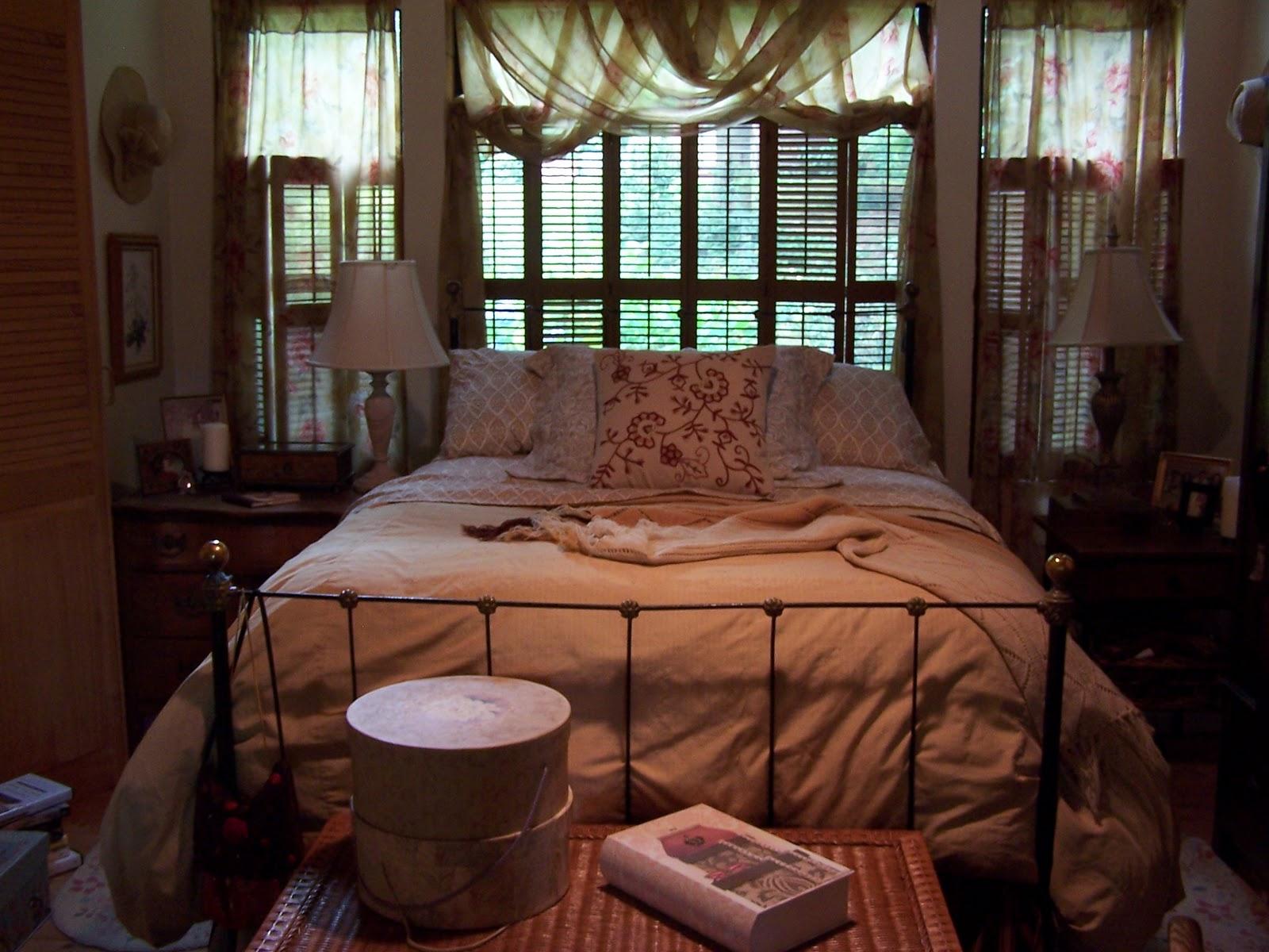 Beatrice Euphemie Bedroom Decorating For Fall