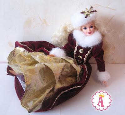 Красивая кукла Barbie Happy Holidays 1996