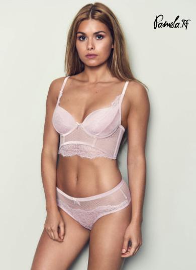 Pamela reif sexy