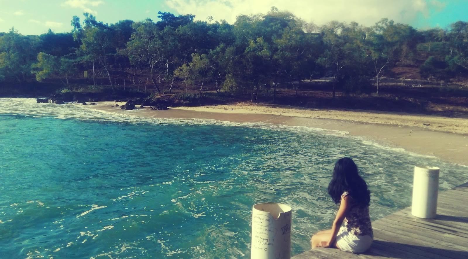 cewek igo kesepian di pantai cari cowok manis
