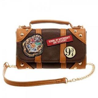 http://www.harrypottershop.com/product/hybrid+luggage+bag+hpbdbag10.do