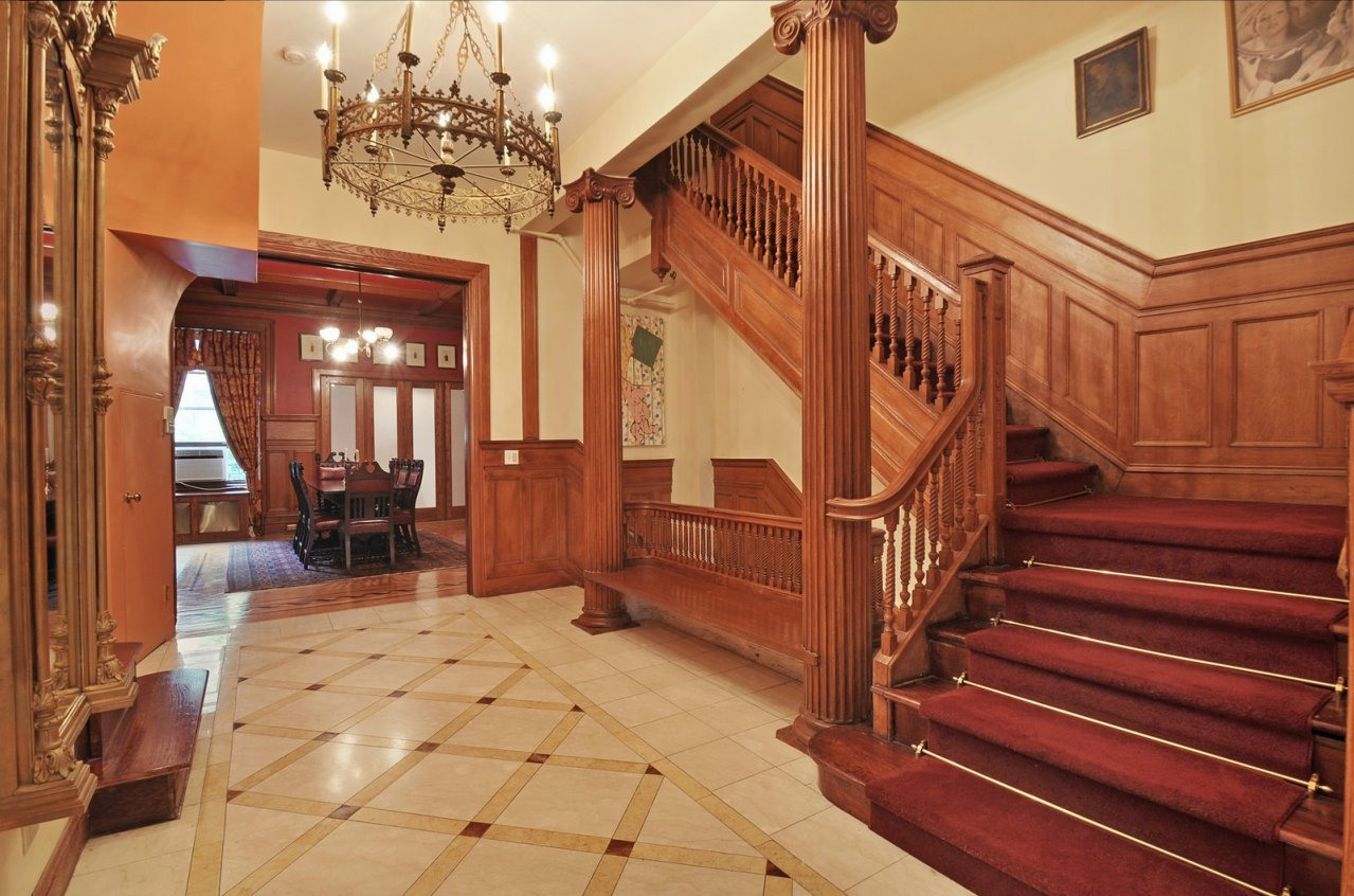 1000 images about 1905 mansions reference on pinterest - Victorian style house interior ...