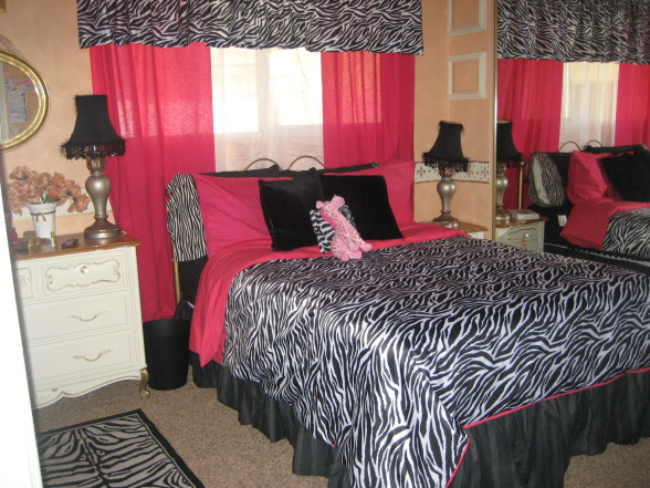 Zebra And Pink Bedroom Ideas