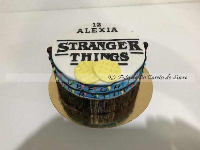 tarta stranger things cake