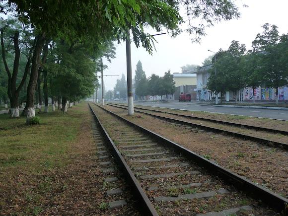 Авдеевка. Трамвайный путь без трамваев