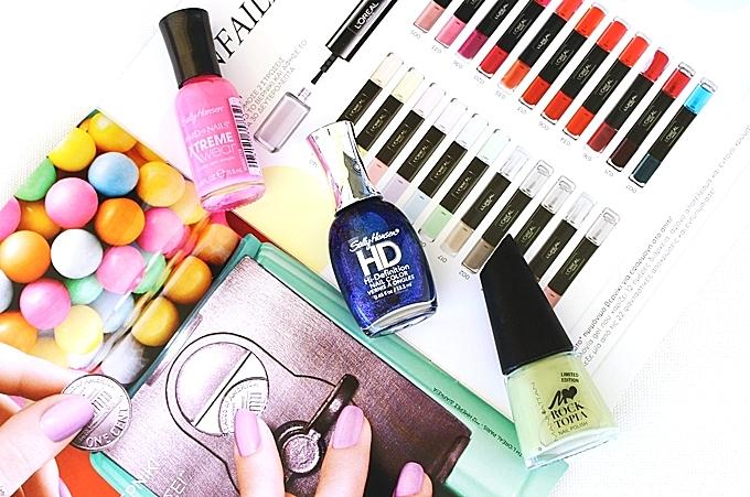 "Sally Hansen ""Hard as nails Xtreme wear"" (Bubblegum pink 470) ""HD Hi-definition nail color"" (Laser 16)."