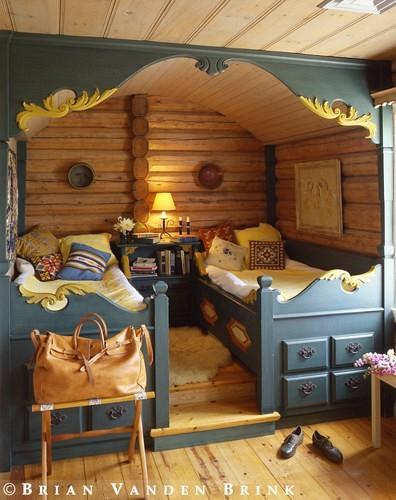 Small Box Room Cabin Bed For Grandma: Scandinavian Folk: Obsession: Scandinavian Box Beds