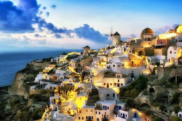 Santorini Adası Evleri