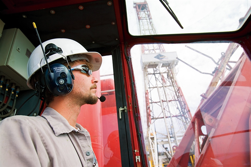 8 Occupational Health Hazards in Oil and Gas Industry That