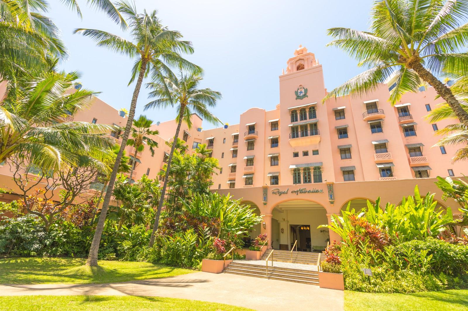 Review The Royal Hawaiian A Luxury Collection Resort Waikiki