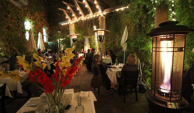 Conheça alguns restaurantes em Santa Cruz