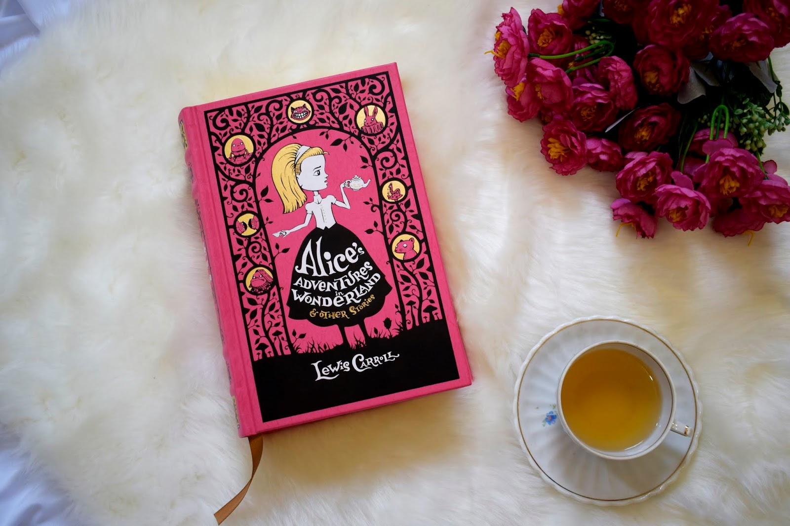 As aventuras de Alice no país das maravilhas e outras histórias - Edição de Luxo