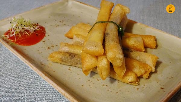 cigarritos de morcilla y queso brie Chapoo Majadahonda
