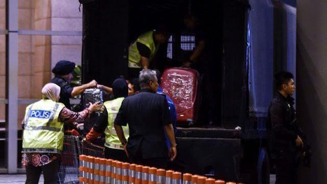 Berhasil Dibuka Polisi, Ini Isi Brankas 20 Tahun Milik Najib