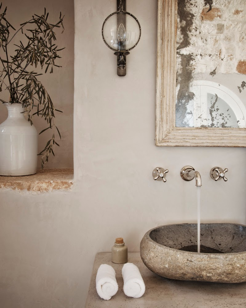 rustic decor in bath