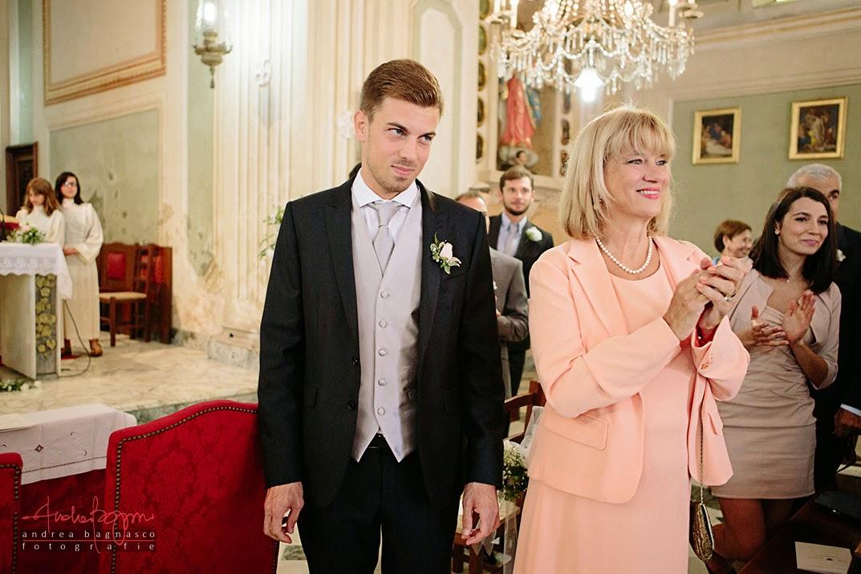 sposo all'altare matrimonio Savona