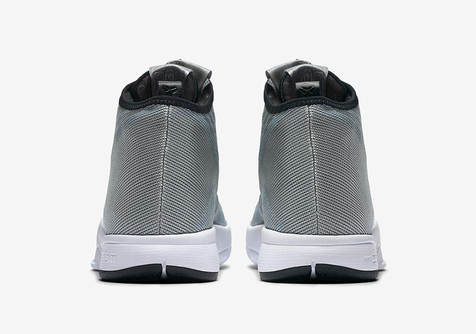 finest selection ef73d ac524 ... Nike Zoom Kobe Icon Metallic Silver ...