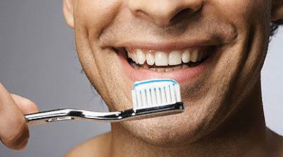 Tips Menghilangkan Bau Mulut Saat Berpuasa Tips Menghilangkan Bau Mulut Saat Berpuasa. Jadikan Mulut Selalu Segar Dan Wangi Sepanjang Hari