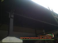 http://www.mytukang.com/2013/06/membina-pergola-kayu-resak-atap-shingle.html