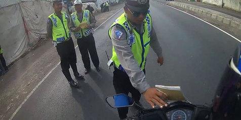 Hati-Hati Saat Mudik! Banyak Polisi Nakal Cari Duit!