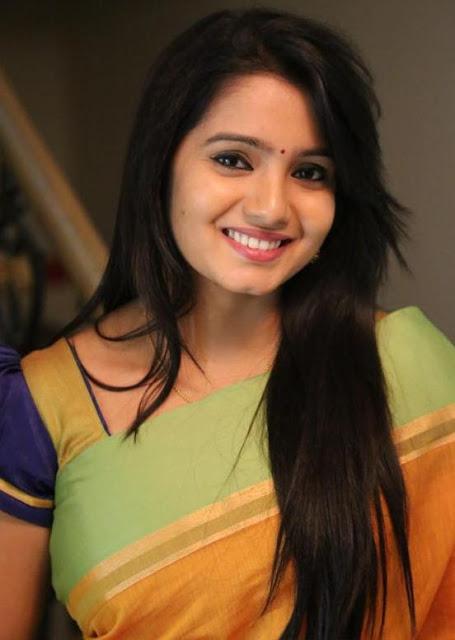 Actress Srithika Cute ...