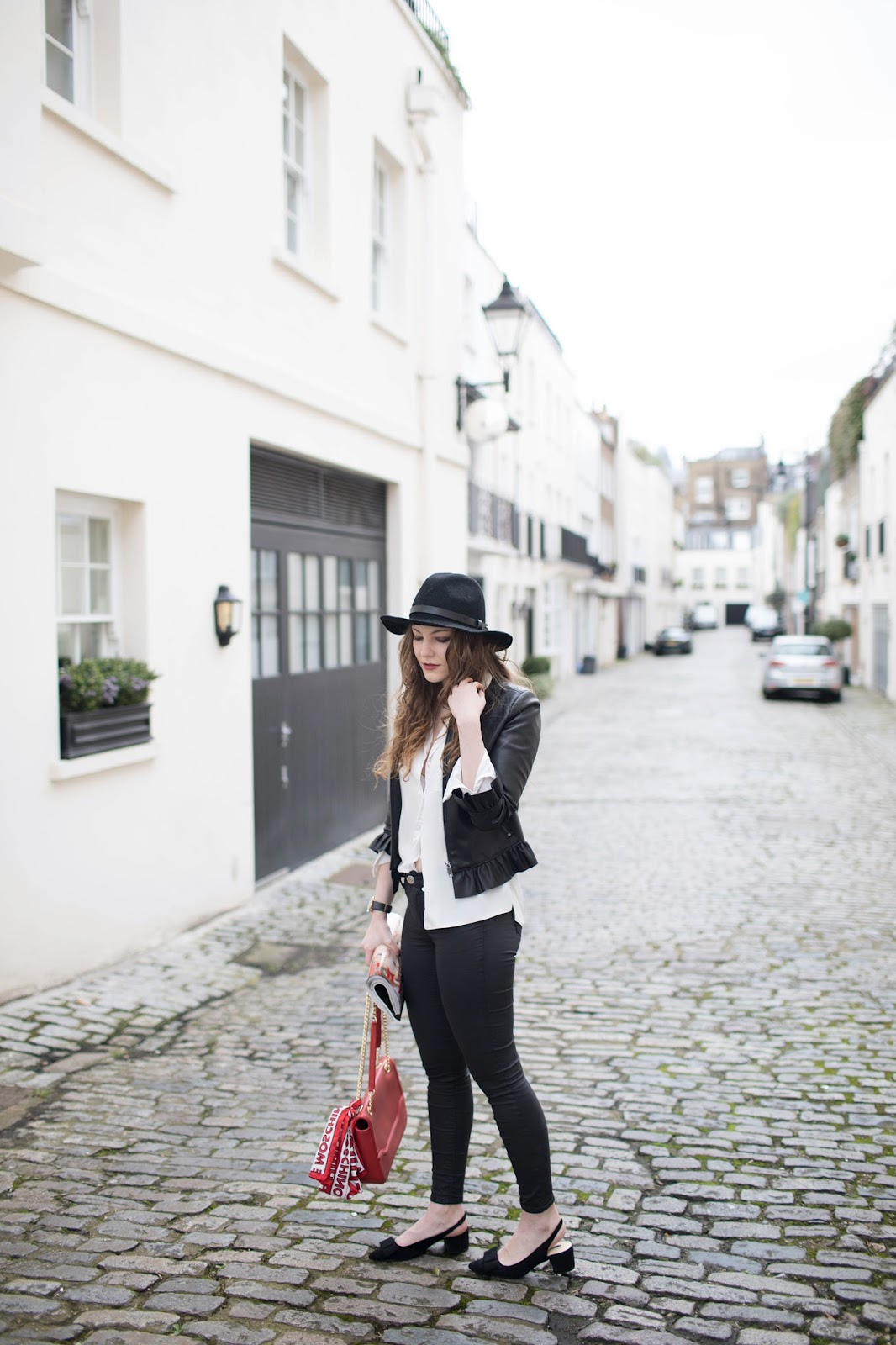 blogging 101, blogs about life, balance blogging and job, blogging job balance, work life balance, london based petite blogger, london based style blogger, london based fashion blogger