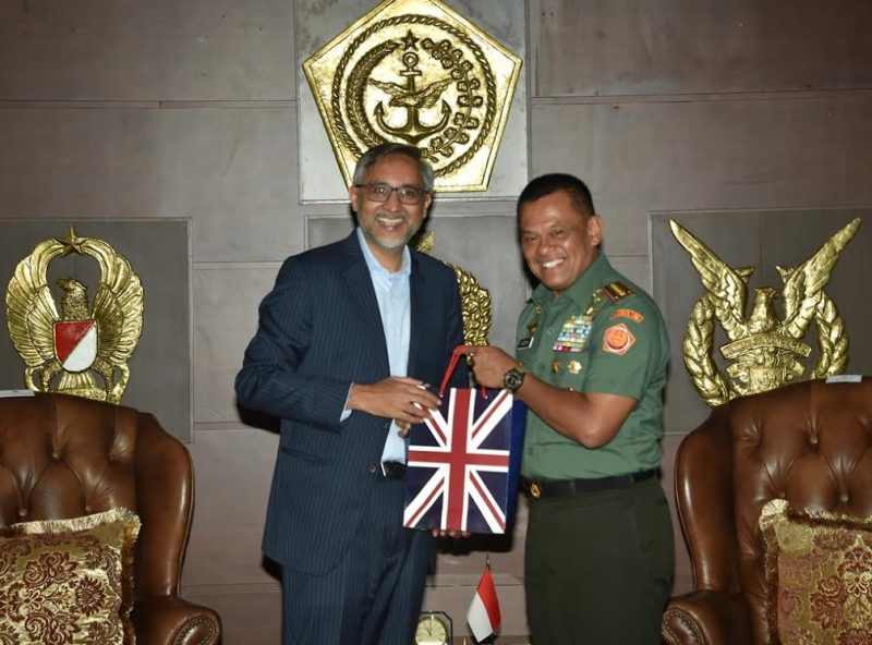 Panglima TNI Jenderal TNI Gatot Nurmantyo, H.E. Mr. Moazzam Malik