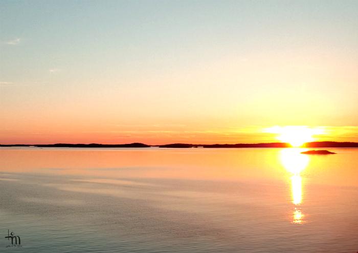 auringonlasku Itämerelle - www.ladyofthemess.fi