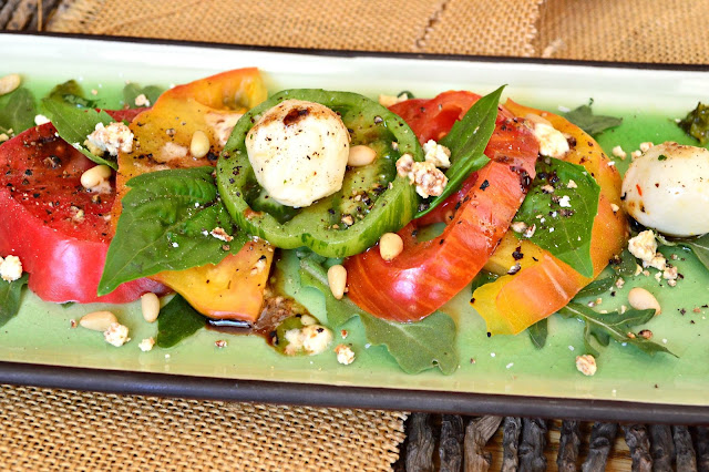 Magic Caprese Salad made with Olive Oil Crumbs. Try a little chemistry in the kitchen! www.thisishowicook.com #capresesalad #salads