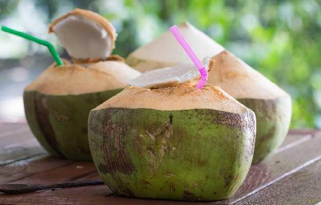 नारियल पानी के फायदे | Nariyal Pani Ke Fayde | Coconut Water benefits Hindi