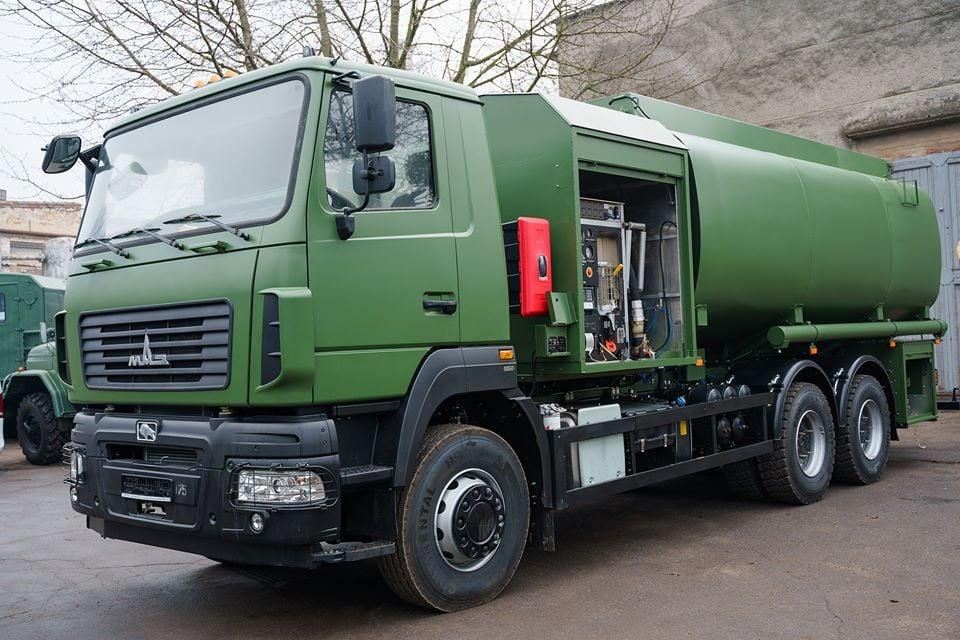 У Вінниці освоїли виробництво авіапаливозаправників АПЗ-20-632218