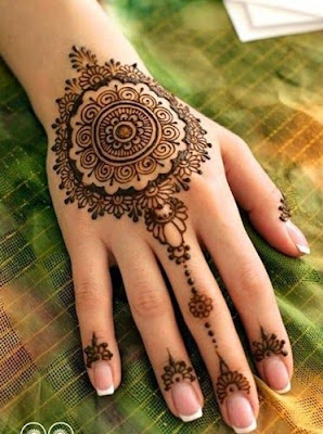 special-chand-raat-henna-designs-for-eid-2016-17-for-hands-12