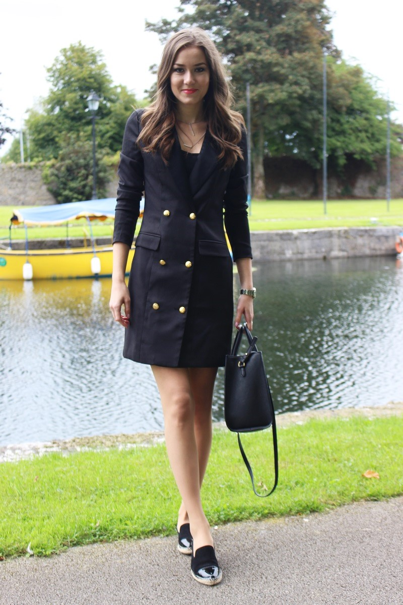 short blazer dress, how to style blazer dress