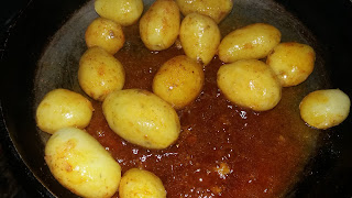 http://www.indian-recipes-4you.com/2017/03/dum-aloo-by-aju-p-george-in-hindi.html