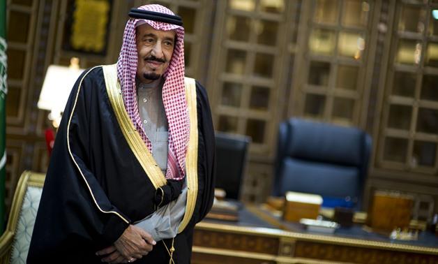 A Arábia Saudita despediu seus principais comandantes militares, incluindo o chefe de gabinete militar, em uma série de decretos reais durante a noite.