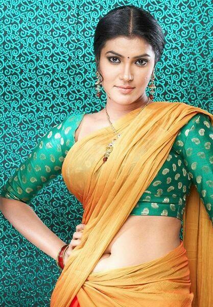 Hot babes in saree