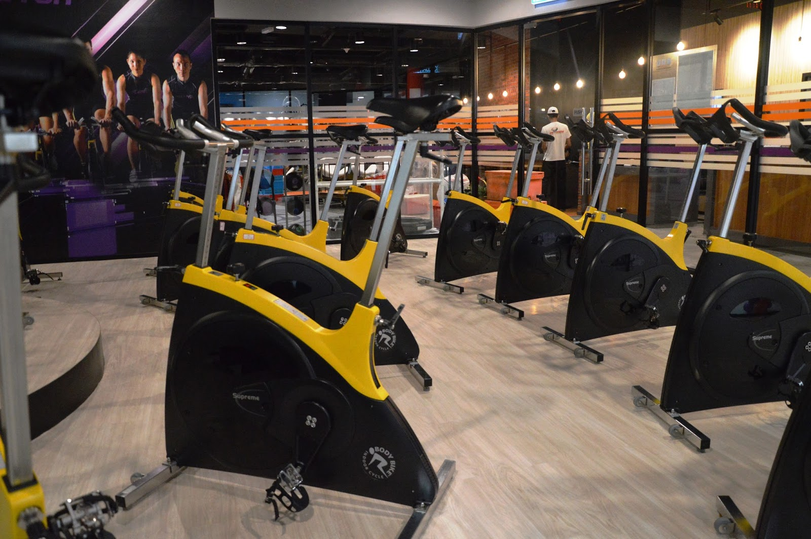 Malaysian Lifestyle Blog Celebrity Fitness S 20th Club In Malaysia Launched Quill City Mall