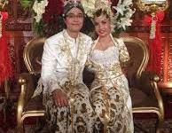 Gadis Tanpa Tangan Dinikahi Sang Pangeran