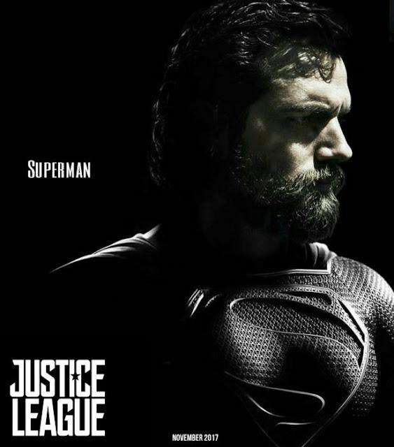 Superman y su flamante traje negro en La liga de la justicia.