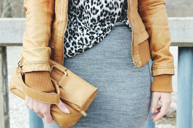 Outfit of the day Gray leopard print