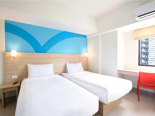 Hop Inn Hotel for Metro Manila staycation
