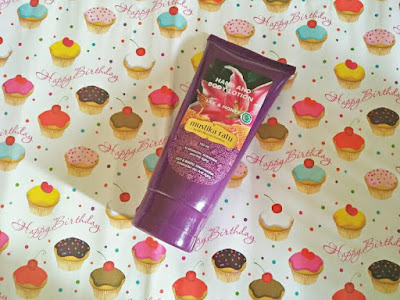 review-hand-body-lotion-mustika-ratu-honey-lily