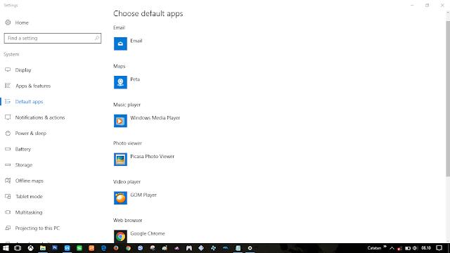 Aplikasi default, terkadang berganti dengan otomati