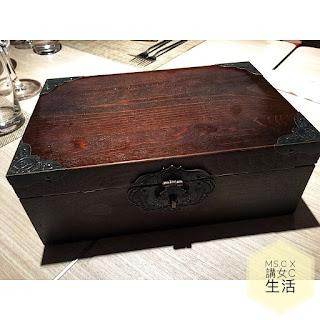 - IMG 4239 - 【#飲食】C+搵食團 || 「謎」的晚餐? – 皇家太平洋酒店「Mystery Box」系列